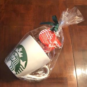 Starbucks Giant mug coffee and treat 45 fl oz